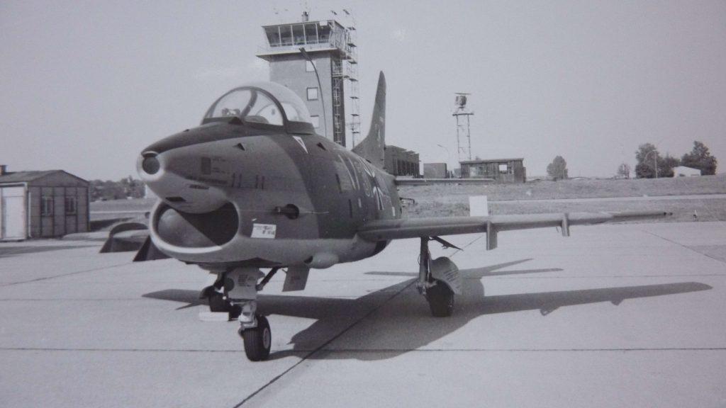 G91 Hallenvorfeld 02